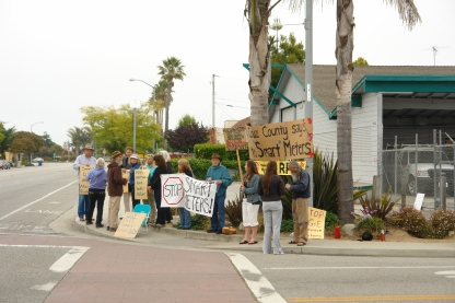 20110627 730_1309185058_20110627 730_1309185058_DSC07352 SmartMeter Protest Santa Cruz